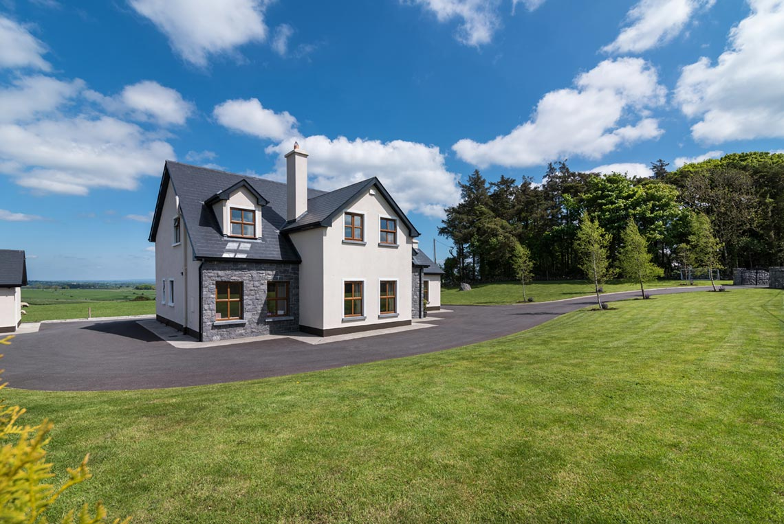 Country house ireland box design studio for Who builds homes